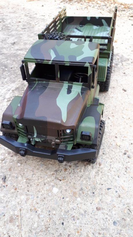 MN Model MN-77 1/16 2.4G 4WD Military Climbing Off-road Truck RC Car With LED Light RTR - Camouflage